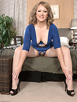 50 Plus MILFs - Cat's getting her ass fucked - Catrina Costa (51 Photos)